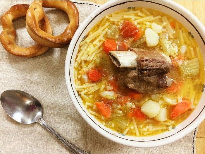 bollito-brodo-di-carne-meat-soup
