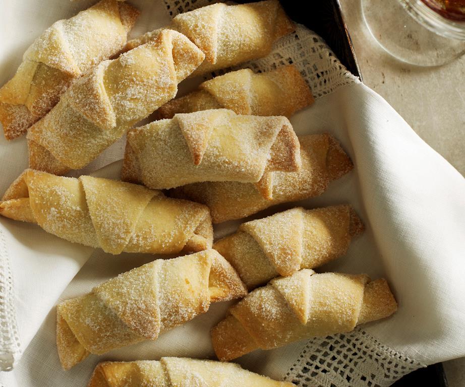 Cornetti-Breakfast-Cakes