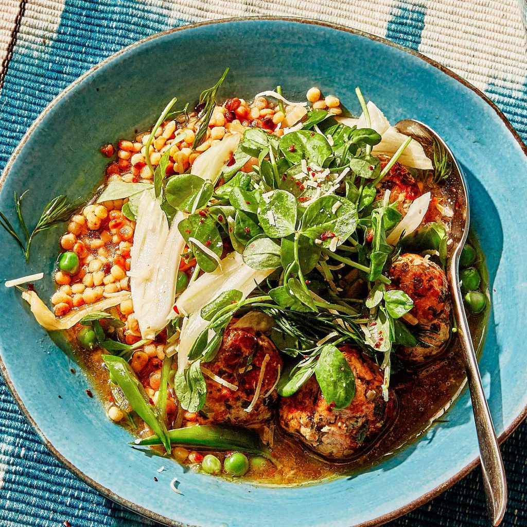 Alison Roman's Brothy Meatballs with Peas, Fennel, and Tiny Pasta