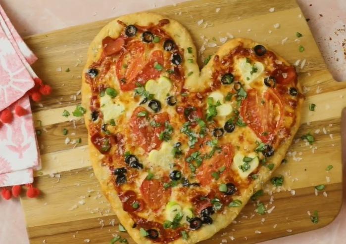 Bread Machine Heart Pizza